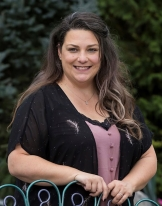 Dr. Jennifer Richards